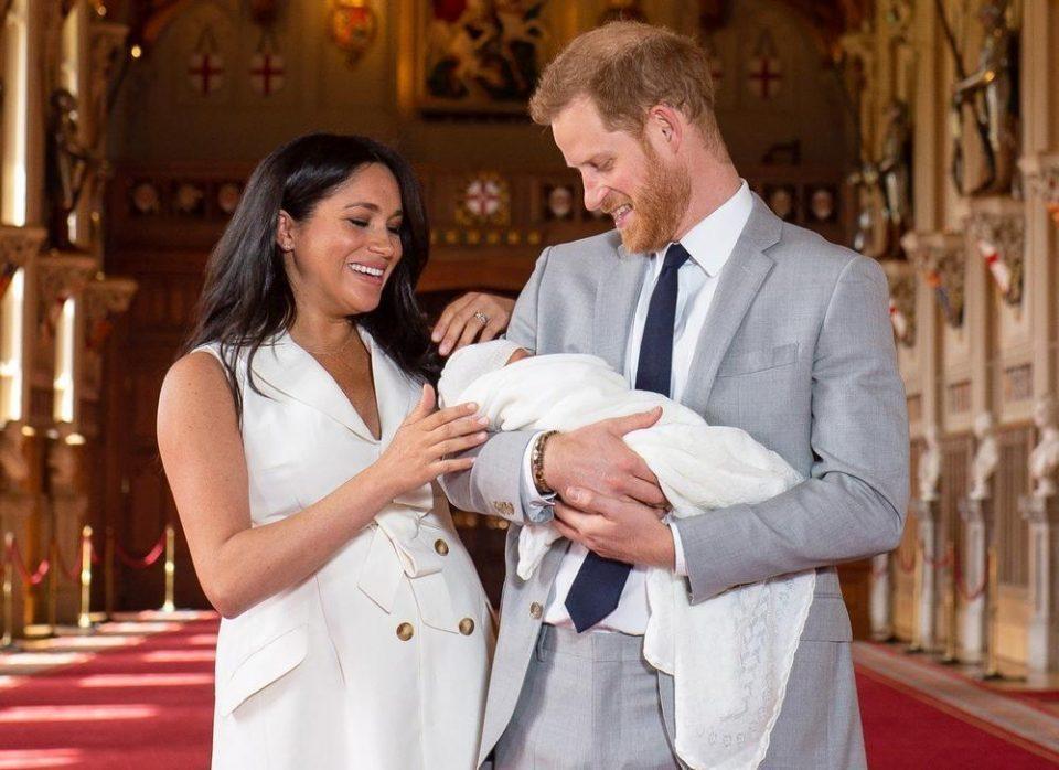 Кралското семејство му го честиташе вториот роденден на Арчи: Овој пат без нови слики од малиот славеник (ФОТО)