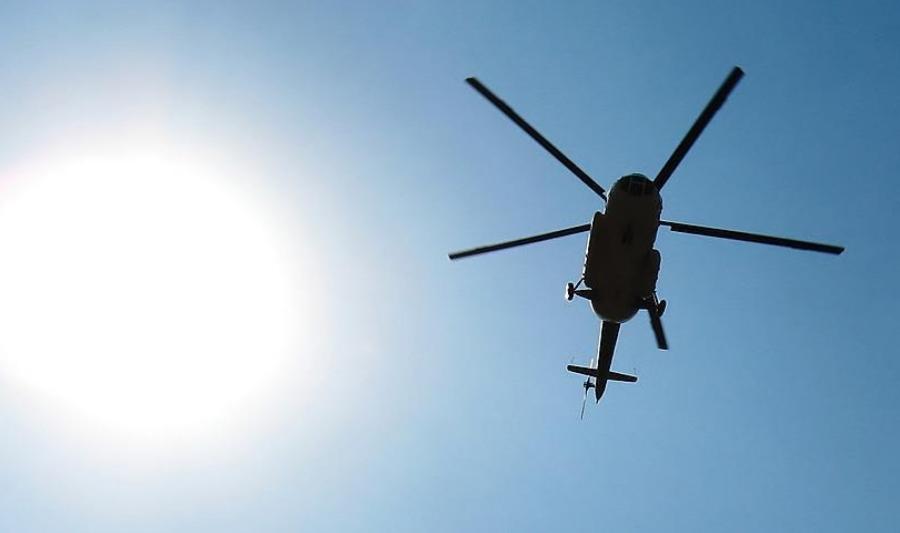 Тројца загинати во пад на воен хеликоптер во Индонезија