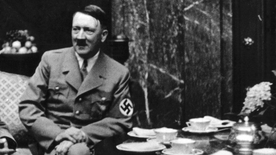 Секој залак од храната можел да ги убие: Овие жени поради Хитлер ја имале најтешката работа