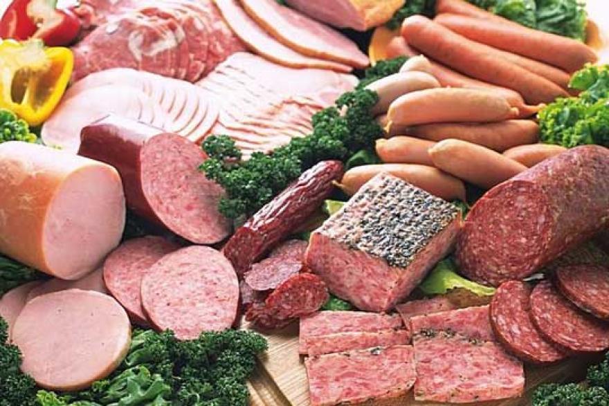Внимавајте: Овие сувомеснати производи содржат најмногу канцерогени адитиви
