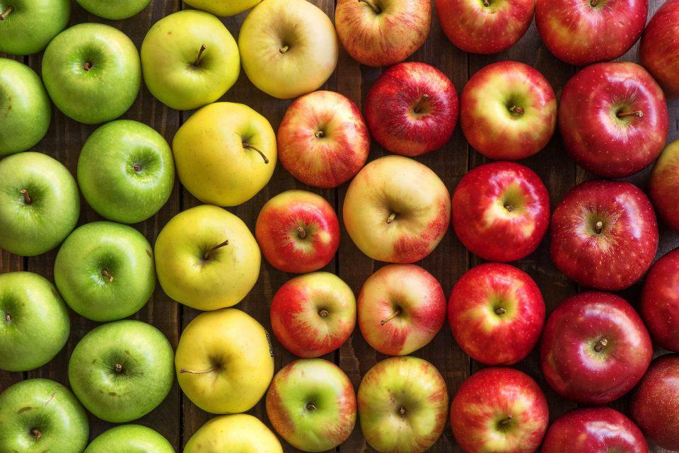 Едно јаболко содржи 100 милиони бактерии, но еве зошто е добро да јадете повеќе
