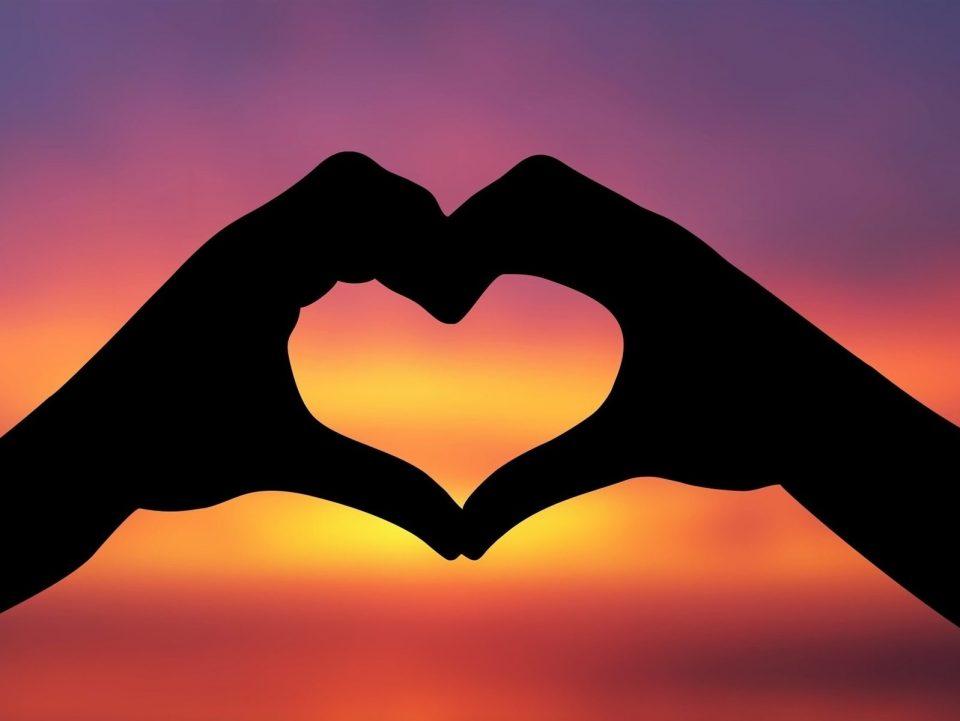 Што ви носи месецот на љубовта: Љубовен хороскоп за февруари