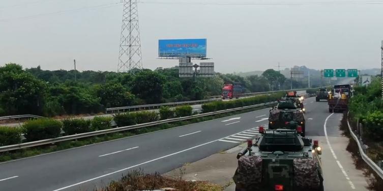 Кинеската армија пред Хонг Конг (ВИДЕО)