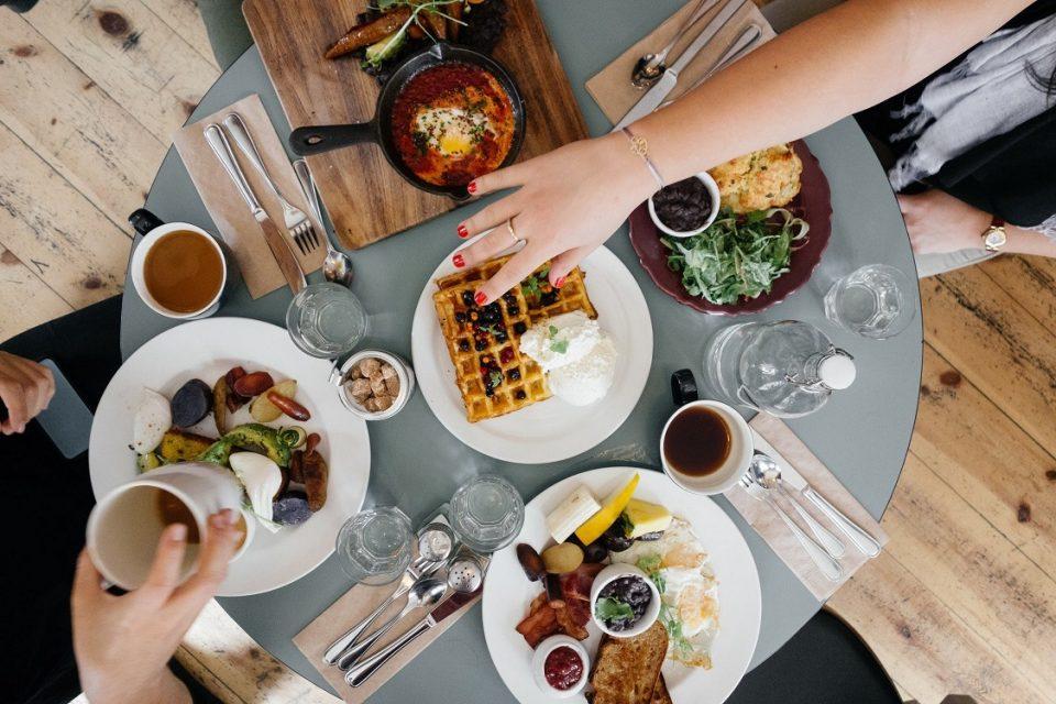 Не правете ги овие грешки кога појадувате