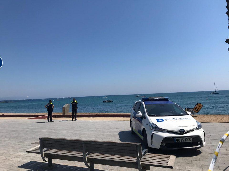 Популарна плажа евакуирана поради експлозивна направа