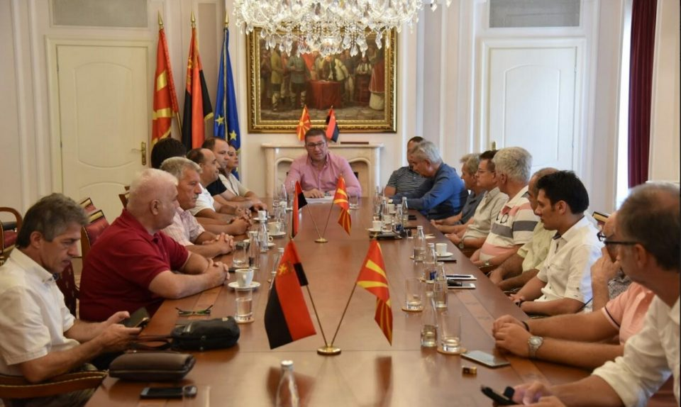 """Средба на лидерите од """"За подобра Македонија"""": Со брзи предвремени избори да се стави крај на агонијата во која е западната државата"""