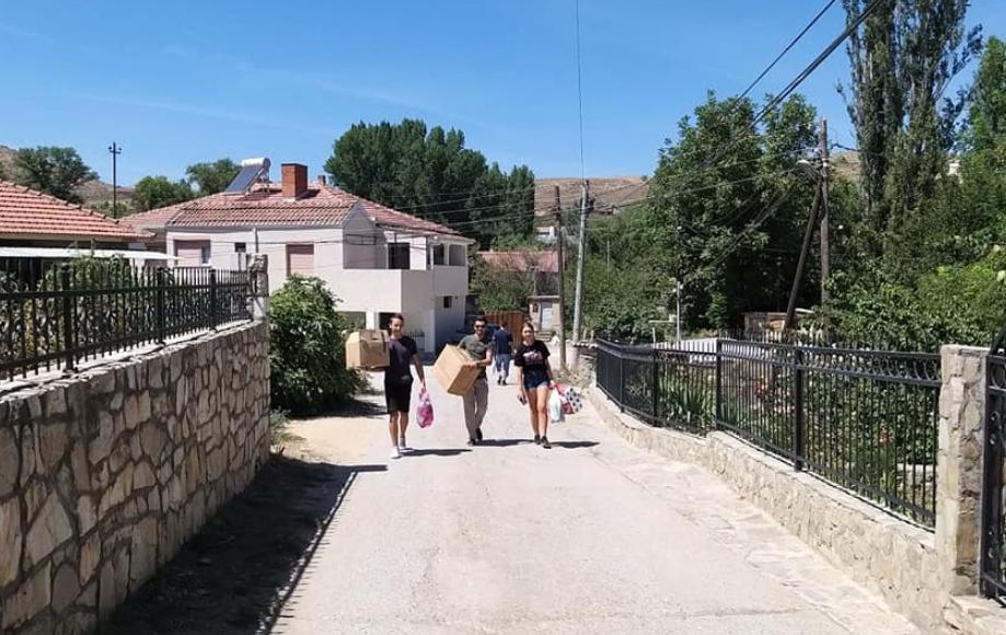 УМС на ВМРО-ДПМНЕ го одбележа денот на хуманоста низ цела Македонија (ФОТО)