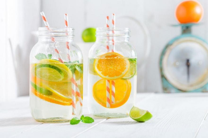 Едноставни додатоци во водата која ја пиете во текот на денот ќе направат чуда за вашето здравје