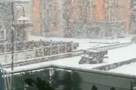 Календарски е се уште лето, но зимата пристигна: Во Италија и Австрија падна снег (ВИДЕО)