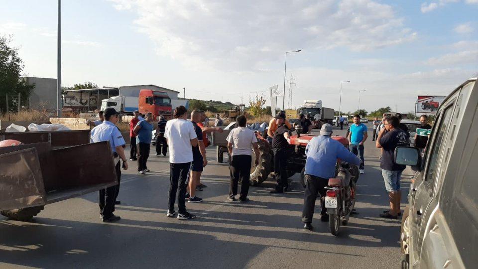 Лозарите излегоа на протести