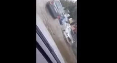 ВИДЕО: Силно невреме во Прилеп – улиците поплавени, водата навлегла и во куќите
