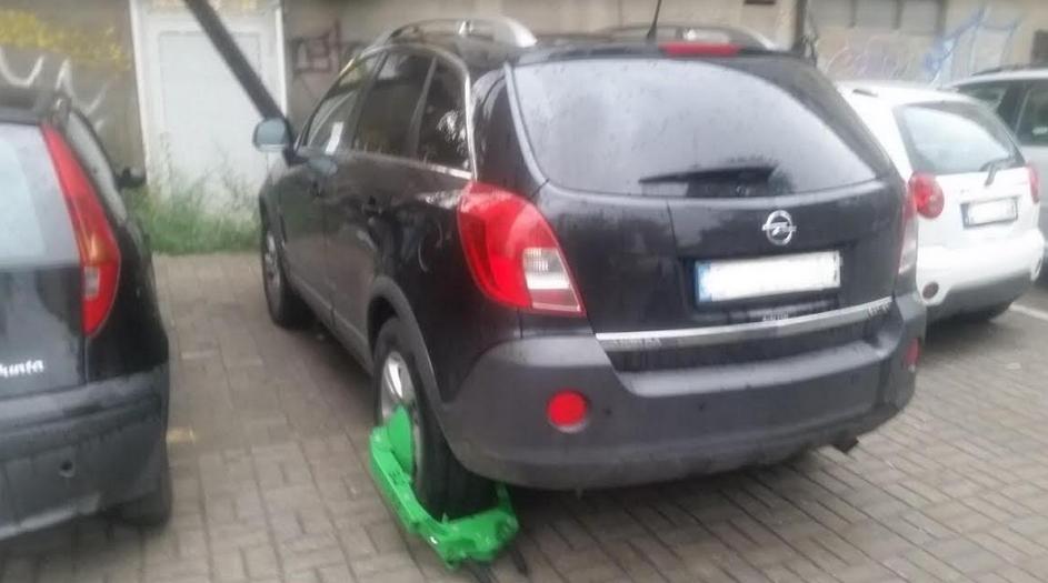 Санкционирани 336 непрописно паркирани возила на територија на општина Центар за само една недела