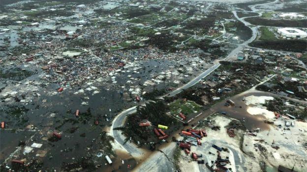 По ударот на ураганот 2.500 исчезнати на Бахамите, листата се проверува