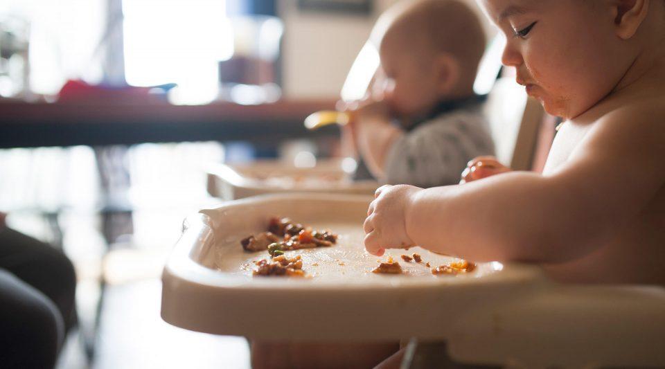 Стручњаци препорачуваат: Храна што може да биде штетна за бебето