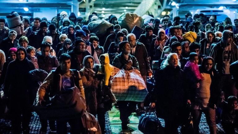 Трамп повторно го намали бројот на бегалци на кои ќе им биде дозволено да влезат во САД