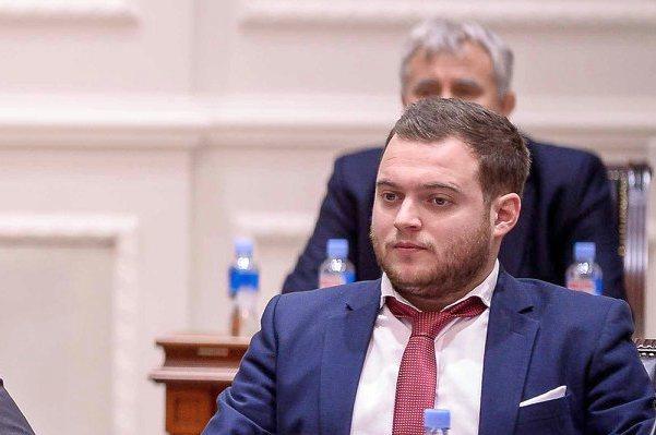 Пратеникот Дарко Каевски од СДСМ е позитивен на коронавирусот