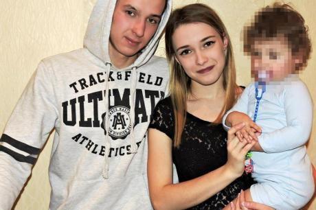 Двегодишно девојче ја усмрти нејзината мајка на нејзиниот 21 роденден (ФОТО)