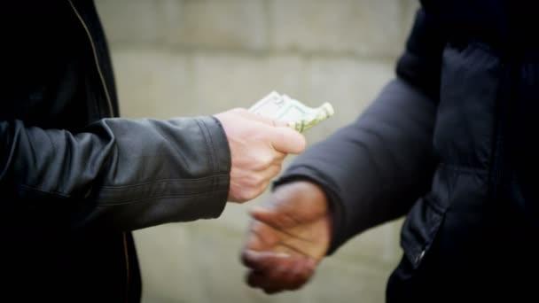 Николоски: Кокаин има како никогаш претходно по улиците и сите знаат кој го продава и кои се дилерите