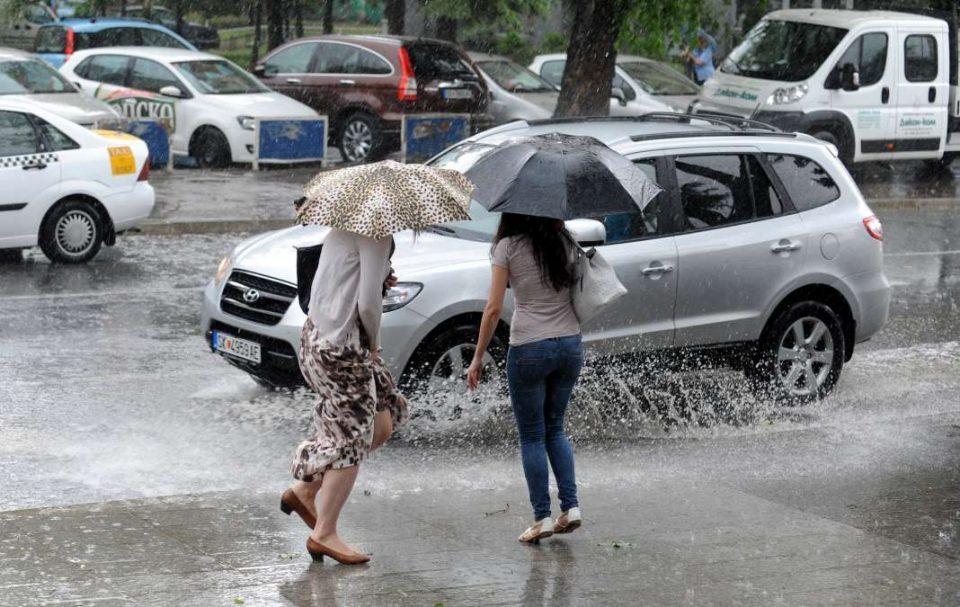Облачно и нестабилно со повремени врнежи од дожд