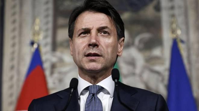Италија воведе нови рестриктивни мерки, се затвораат цели сектори поради епидемијата