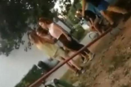 Во Србија се појави и трето видео како две насилнички тепаат невино девојче (ВИДЕО)