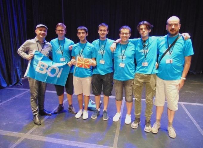 Македонски ученици освоија три медали на Балканската олимпијада по информатика