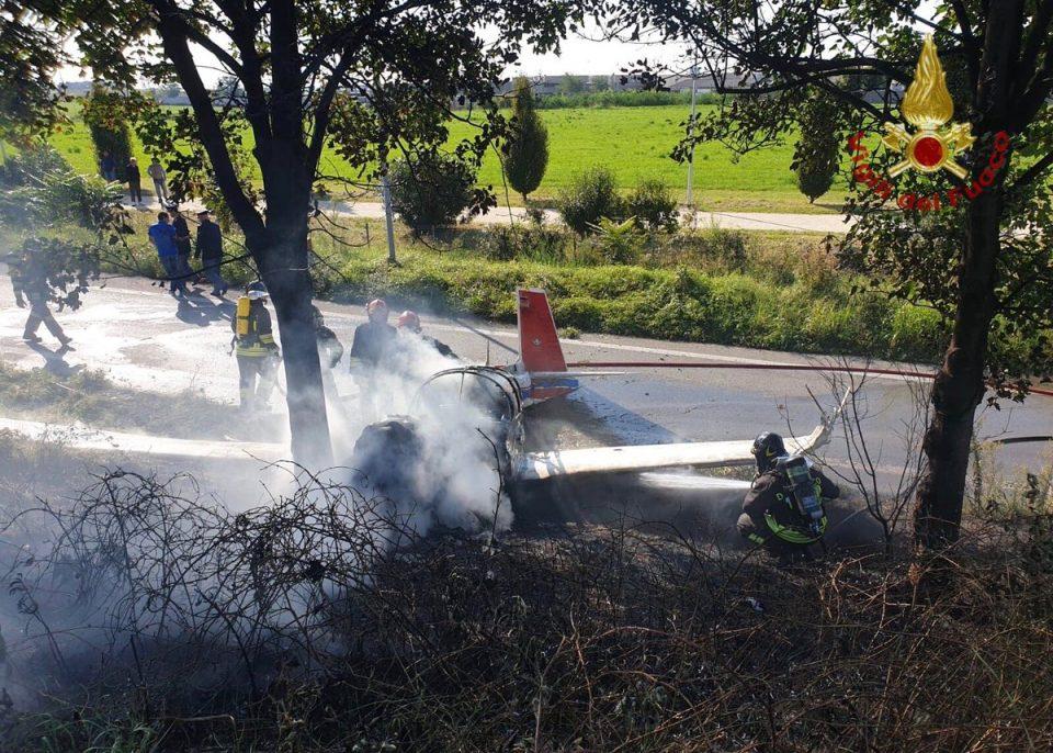 Една жртва во несреќа со мал авион во Италија