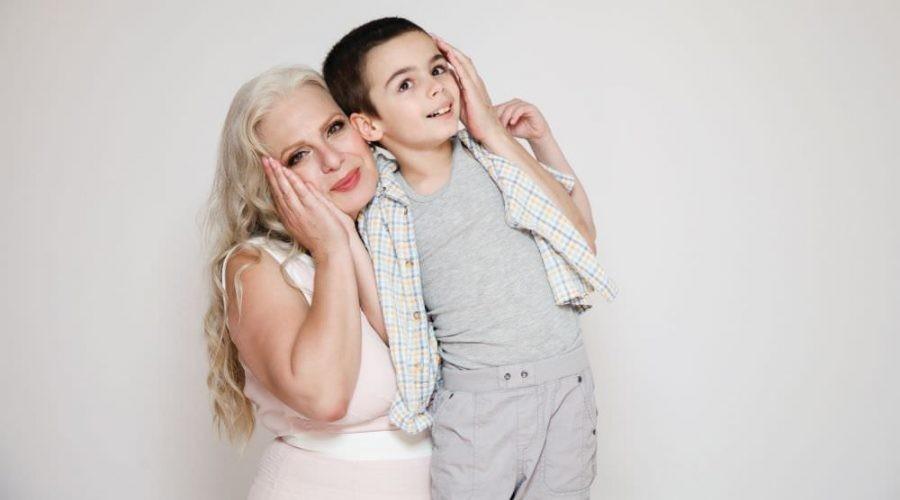 Маја Оџаклиевска си ја отвори душата: Ќерка ми замина, сама се борам со болеста на внукот