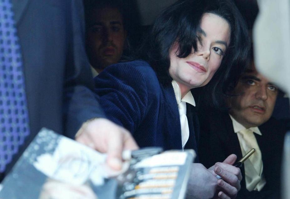 Молчеше 10 години: Телохранителот на Мајкл Џексон прозборе за последните недели од животот на пејачот