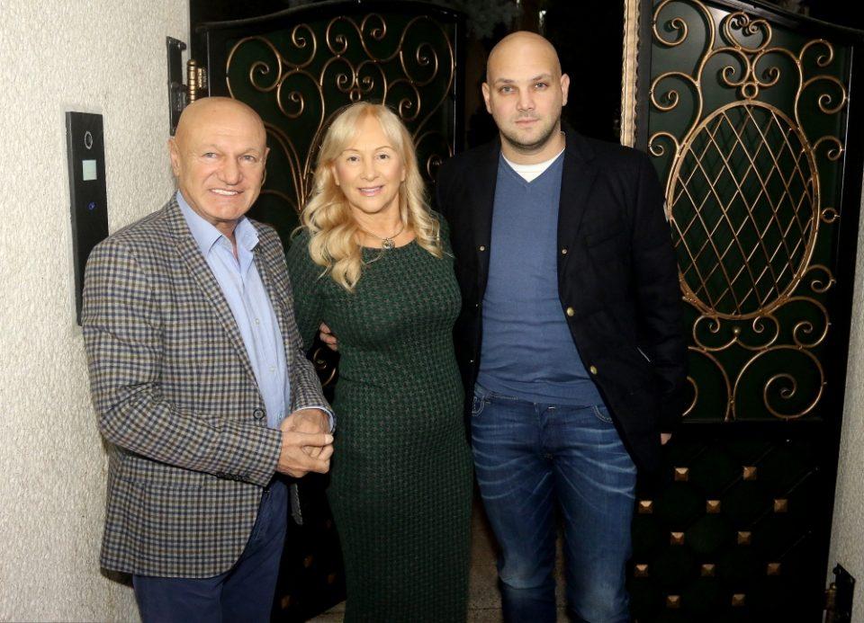 Куќата им ја рушат, а пејачката го остави: Синот на Шаулиќ прослави роденден за паметење – особено за овој детаљ зборуваат сите