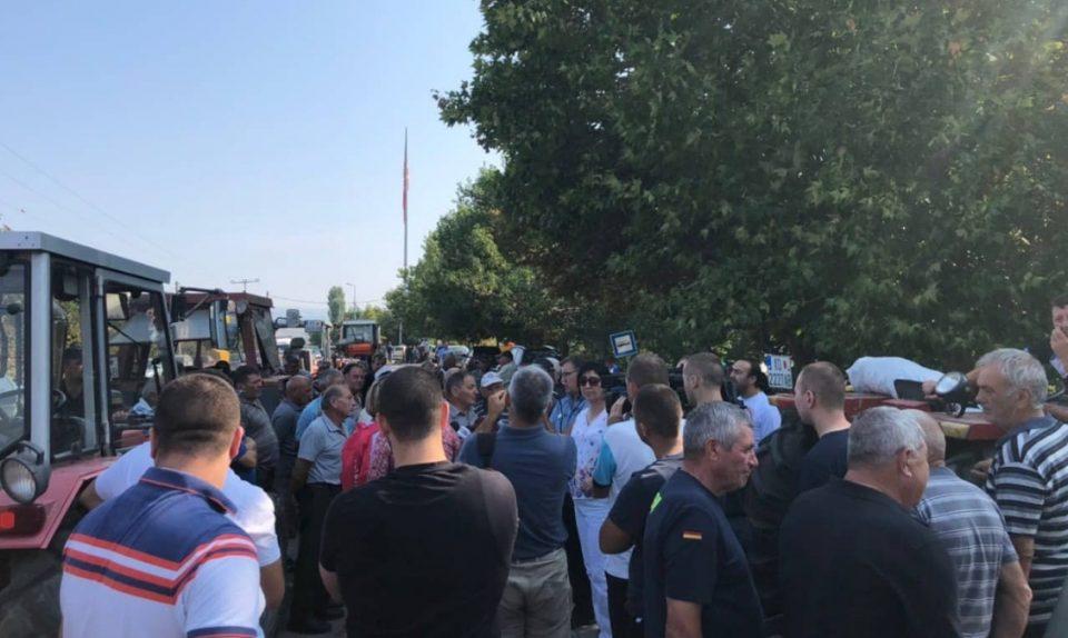 Оризарите на протест: Власта не ги исполни ветувањата, тие се оставени на цедило