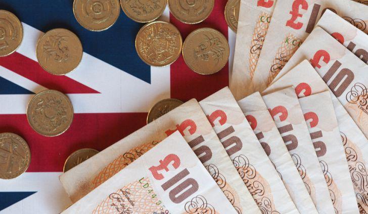 Силно темпо на раст на платите во Велика Британија