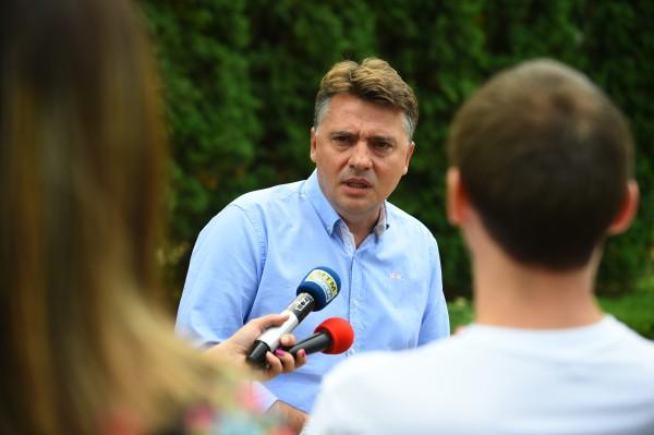 ВМРО-ДПМНЕ: Град Скопје и Шилеговставени на услуга на струмичкото бизнис лоби на Заеви за склучување договори од 12 милиони денари