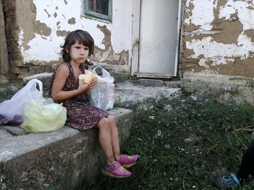 Единствената желба на Тијана е да има што да јаде: Потресната судбина на девојчето кое нема ниту кукла ниту јакна