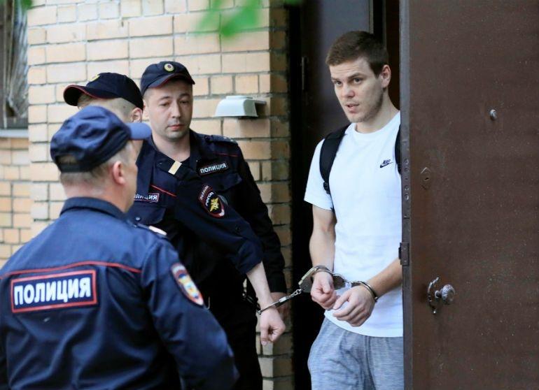 Вчера излезе од затвор, а денеска потпиша за руски Зенит