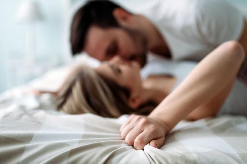 Мажите имаат одбивност кон жени кои сакаат секс во мрак, а што најмногу го нервира понежниот пол?