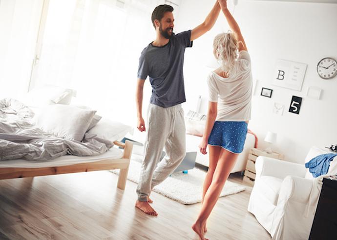 Пет совети како да му помогнете на партнерот кога прави големи промени