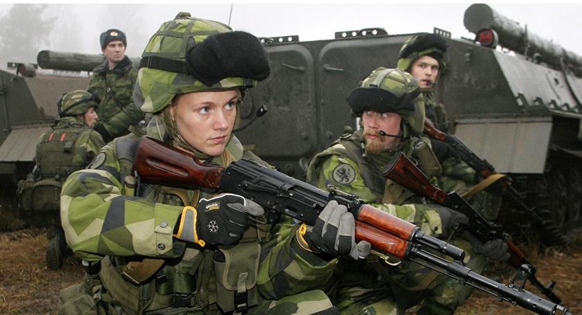 Зошто се вооружува земјата што 205 години не војувала?