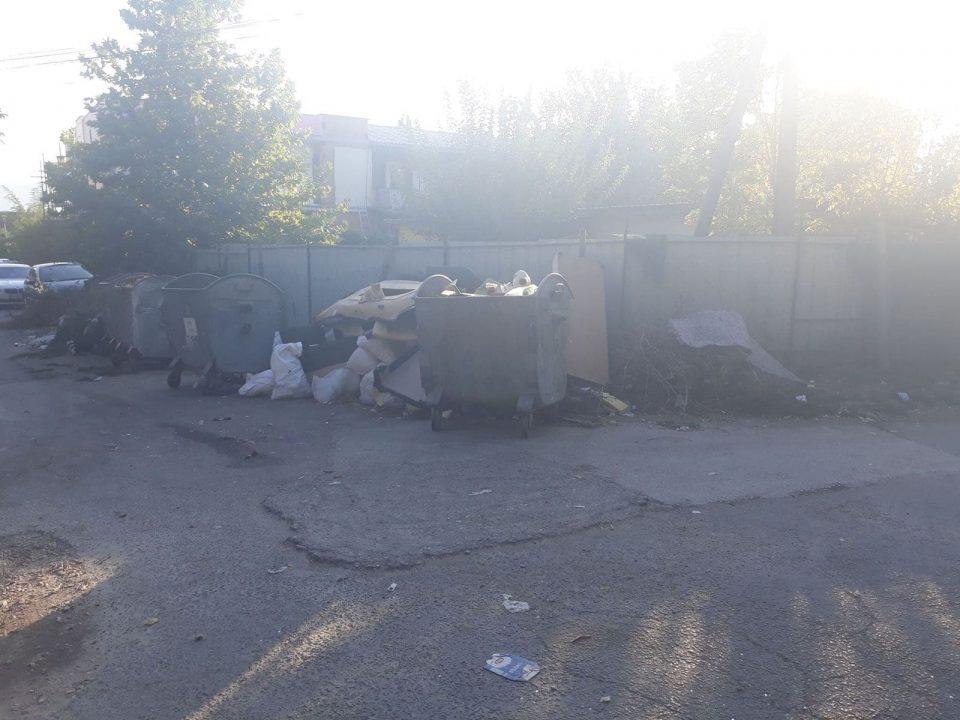 ФОТО: Бутел е претворен во голема депонија