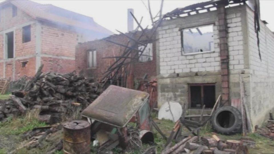 Семејството Воденски од Русиново бара помош откако им изгоре куќата
