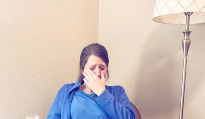 Една слика, 1.000 зборови: Медицинска сестра по 53 часа на работа