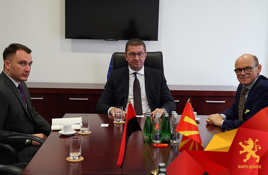 Средба Мицкоски-Бјорнштад: Македонија има проблеми со владеење на правото, корупцијата и секојдневните афери и скандали