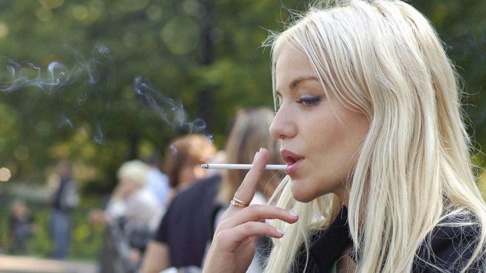 Истражување: Жените потешко престануваат со пушење за разлика од мажите