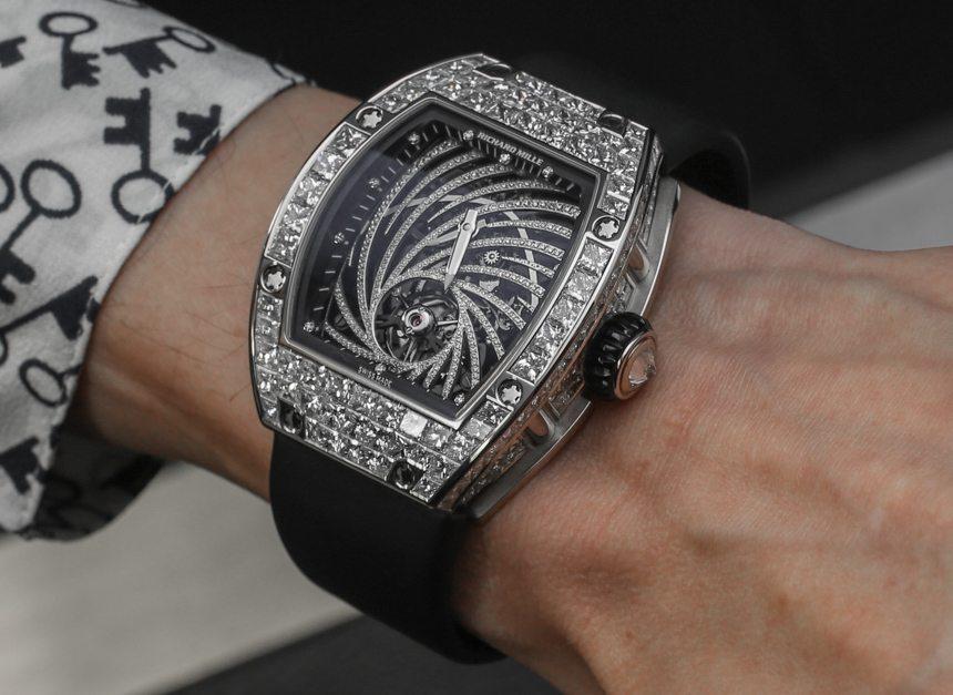 Крадец во Париз украл часовник од 800.000 евра, ама го изгубил мобилниот