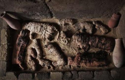 Египетски археолози ископалe 20 саркофази со уметнички мотиви