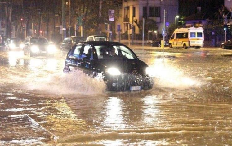 Големи поплави во Италија