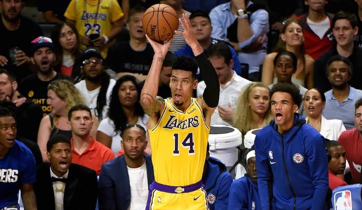 НБА: Минесота го совлада Мајами, Лејкерс поуспешни од Шарлот