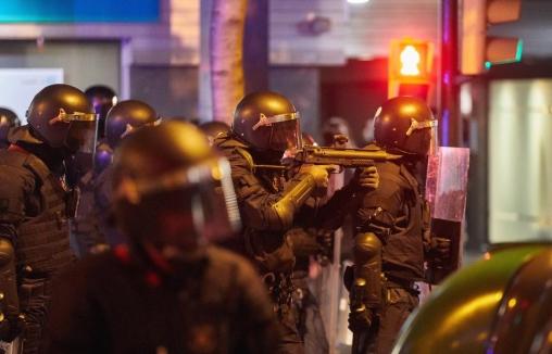 Најмалку 80 повредени и 33 уапсени за време на протестите во Каталонија
