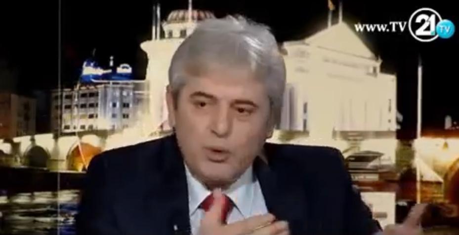 ВИДЕО: Ахмети удираше на маса во студиото на ТВ 21, лут зошто Албанците не биле обединети
