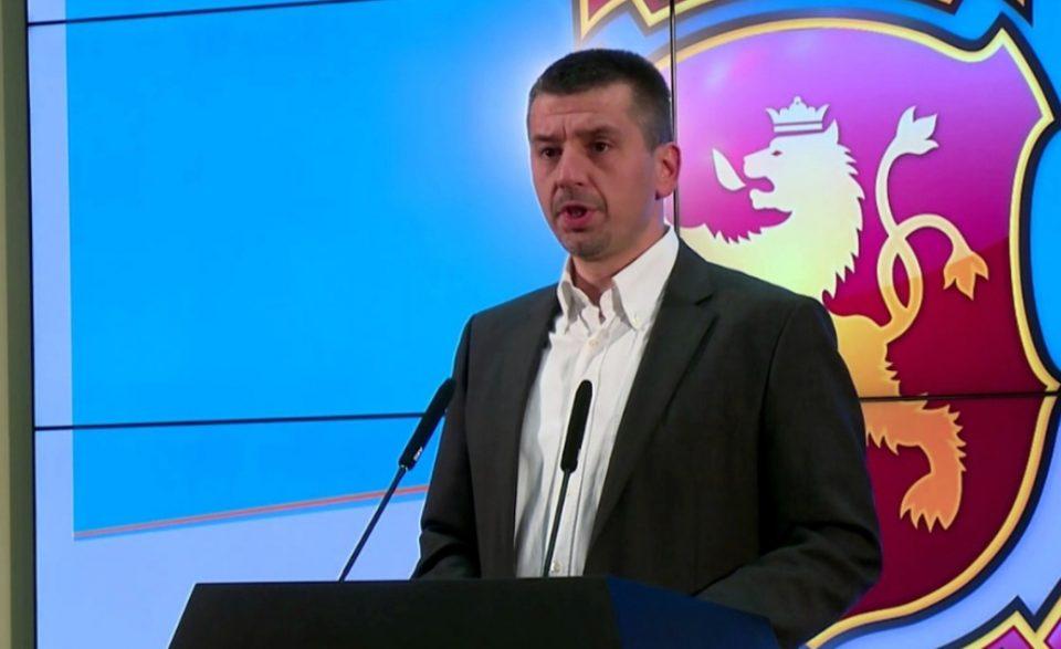 Котевски: Заев дојде на власт со злоупотреба на трагедиите на новинарот Младенов и Нешковски